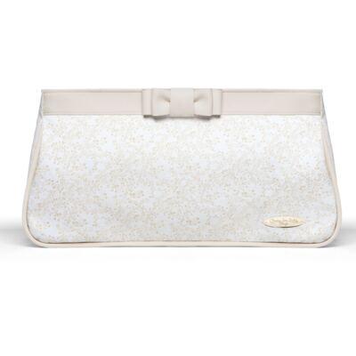 Imagem 2 do produto Necessaire Laço Marfim + 2 Lenços Umedecidos + Sabonete Líquido Bebê Tradicional - Classic For Baby Bags & Granado