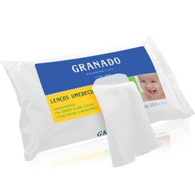 Imagem 3 do produto Necessaire Laço Marfim + 2 Lenços Umedecidos + Sabonete Líquido Bebê Tradicional - Classic For Baby Bags & Granado