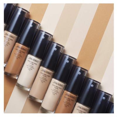 Imagem 5 do produto Base Liquida Shiseido - Synchro Skin Glow Luminizing Fluid Foundation SPF 20 - N3