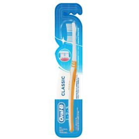 Escova Dental Oral-B Classic - Macia | 1 Unidade